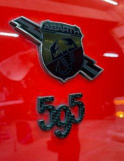 アバルト595 ドライカーボンエンブレム 1個