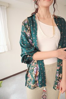 Used antique flower shirt