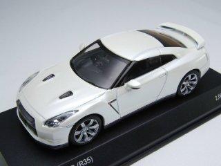 1/43 ニッサン GT-R (R35) 2008 ホワイトパール<br>