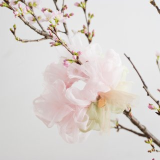 サクラ|彩る咲き編みシュシュ