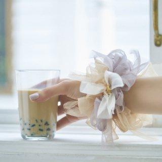 【春夏限定】ミルクティ|彩る咲き編みシュシュ