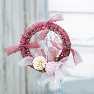 冬を彩る咲き編みの実がなるリース|ギフト