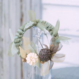 冬を彩る咲き編みの実がなるリース|モミノキ