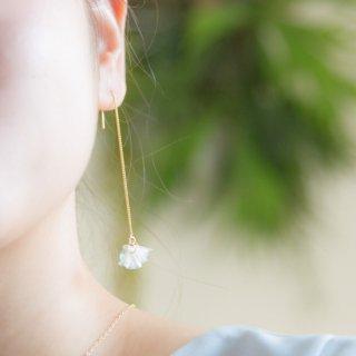 花咲きフリルピアス|クリア(18kgp)