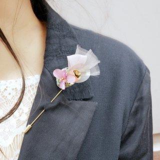 18kgp|こぶりな咲き編みピンコサージュ|リバティとオーガンジーとスパンコールと。|ローズ