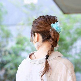 夏を彩る咲き編みヘアゴム|アクア