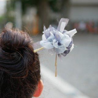 七五三を彩る咲き編み手毬かんざし|錫(すず)