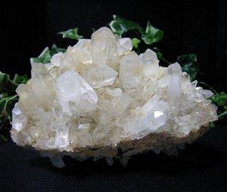 マダガスカル産水晶クラスター2