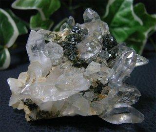 ブラジル産水晶クラスターwith エピドート42