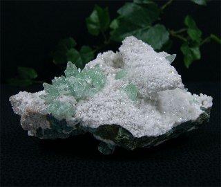 原石(グリーンアポフィライト6)
