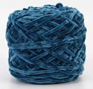Chenille velvet yarn ブルー