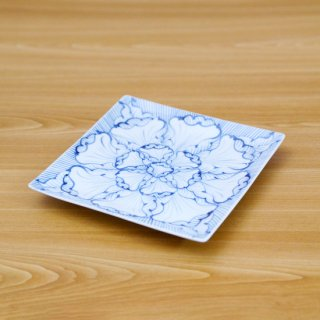 染付花弁紋六寸正角皿