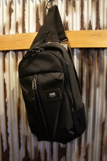 VANS WARP SLING BAG (BLACK)