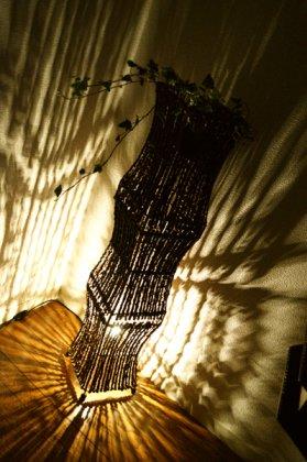 ココナツ木のランプ(Lサイズ花台付き)