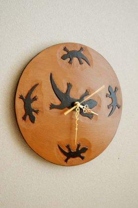 トカゲの壁掛け時計(丸型)