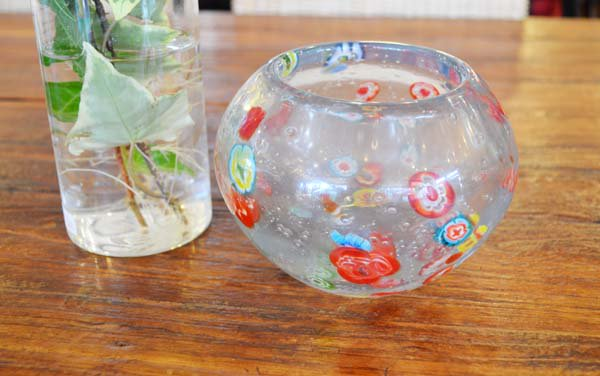 トンボ玉のガラスボール