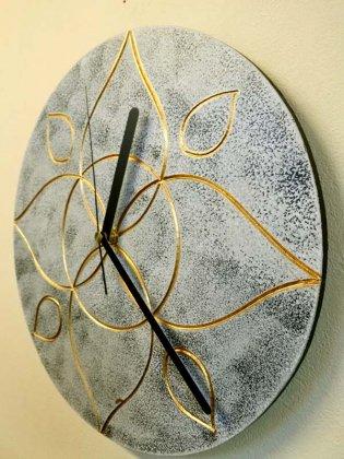 ジャワリーフ壁掛け時計(ホワイト)