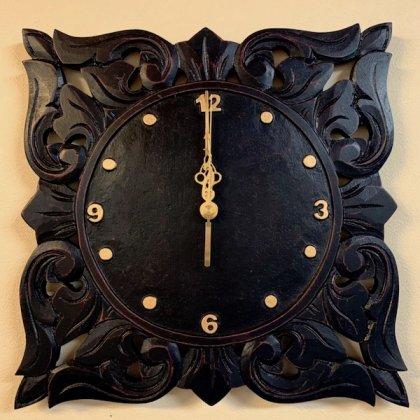リースト彫刻壁掛け時計