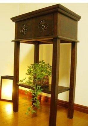 【7月中旬入荷予定】花彫刻のチークコンソールチェスト(2引出)