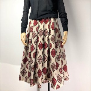 【着物リメイク】ギャザースカート/ベージュ地に赤黒サーモンピンク抽象柄