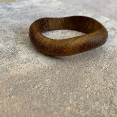 SELECT wood hem bangle