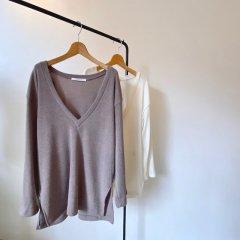 SELECT Vneck knit