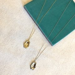 SELECT wave plate necklace