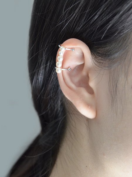 Lautashi ear cuff with pearl-small