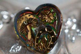 【ボタン】チェコ ヴィンテージ ガラスボタン キノコと四つ葉のクローバーと蹄鉄 オーロラハート