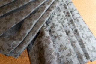 【生地】ダークグレー 百合紋章柄 厚手のカーテン 幅57cm×丈228cm 輸入生地