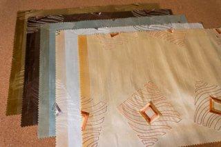 【生地】5枚セット*光沢のある四角模様の刺繍 布地5色42×30cm ランチョンマット、ティーマットに