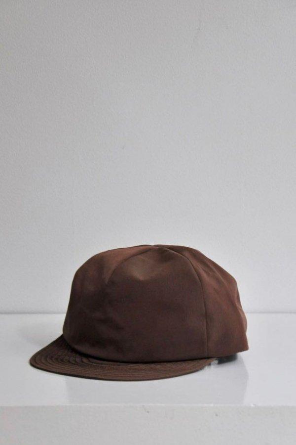 Nine tailor / Strummy Cap / R.BROWN
