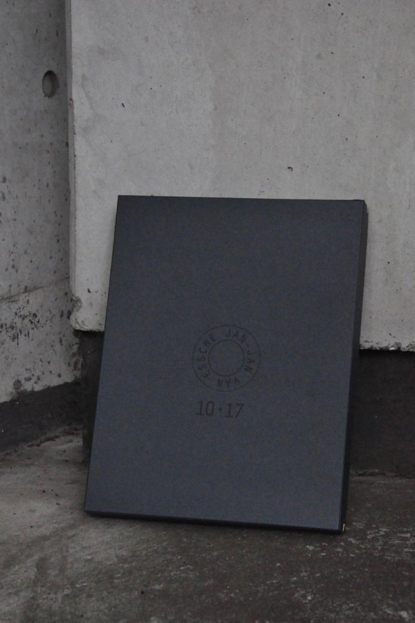 JAN JAN VAN ESSCHE / EDITION 2 / 10TH ANNIVERSARY SPECIAL EDITION BOX