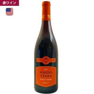 2017<br>マグナ・テッラ・ピノ・ノワール<br>Magna Terra Pinot Noir