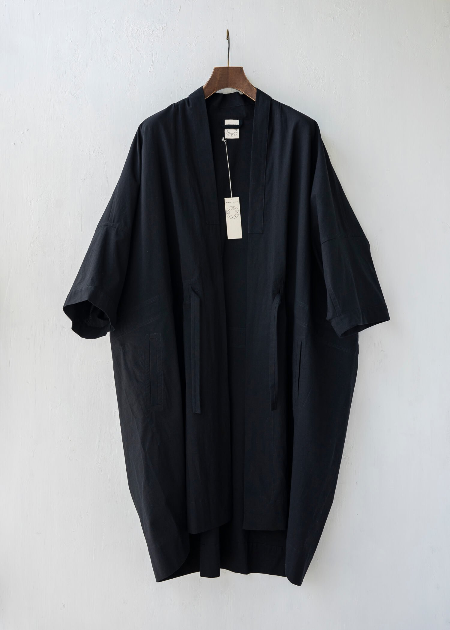 JAN-JAN VAN ESSCHE / KIMONO#6 KIMONO SUMMER COAT BLACK RIDGED SHIRTING