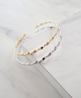 mille blanc◇Metal twist bangle