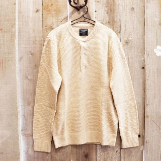 Abercrombie & Fitch(アバクロンビーアンドフィッチ):ヘンリーネックセーター