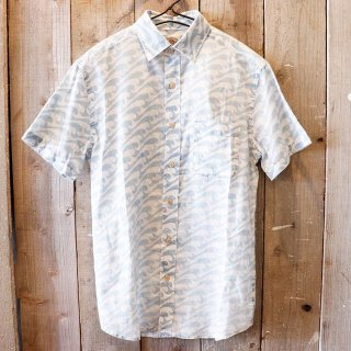 <img class='new_mark_img1' src='https://img.shop-pro.jp/img/new/icons20.gif' style='border:none;display:inline;margin:0px;padding:0px;width:auto;' />【セール】Faherty Brand(ファリティブランド):インディゴ半袖シャツ