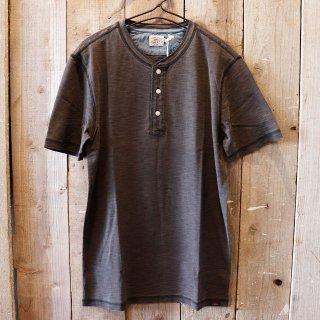 Faherty Brand(ファリティブランド):ブラックインディゴヘンリーTシャツ