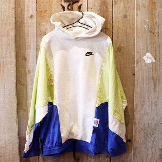 【レディース】Nike(ナイキ):ナイロンスリーブ パーカー