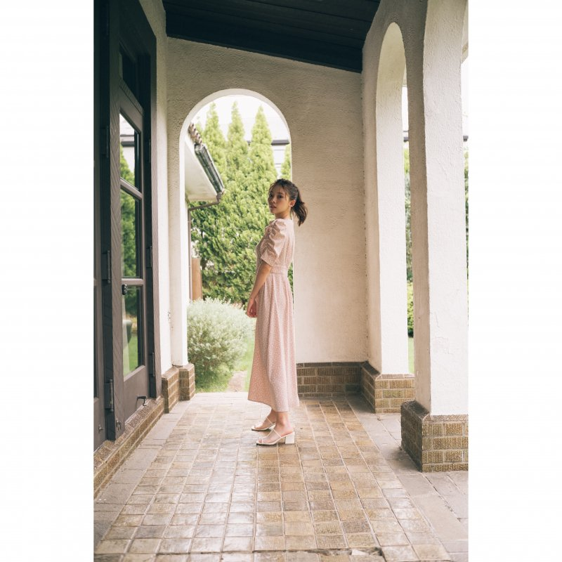 Small Flower Gather Sleeve One-Piece(Pink)