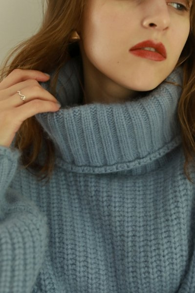 AMYER - Big Turtleneck Knit Pullover(Blue)