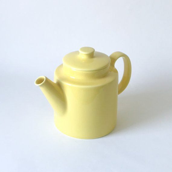 ARABIA TEEMA TEA POT<img class='new_mark_img2' src='https://img.shop-pro.jp/img/new/icons6.gif' style='border:none;display:inline;margin:0px;padding:0px;width:auto;' />