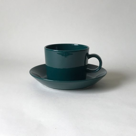 <img class='new_mark_img1' src='https://img.shop-pro.jp/img/new/icons6.gif' style='border:none;display:inline;margin:0px;padding:0px;width:auto;' />ARABIA TEEMA CUP & SAUCER-L