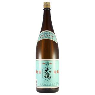 粕取焼酎 大亀 25度 1.8L(1本/箱入)〔粕取焼酎〕