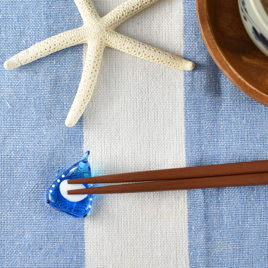 【ガラス細工】ジンベエ箸置き