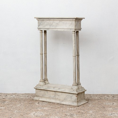 <img class='new_mark_img1' src='https://img.shop-pro.jp/img/new/icons20.gif' style='border:none;display:inline;margin:0px;padding:0px;width:auto;' />VINTAGE MARBLE PAINT PODIUM<br>マーブルペイント ポディウム