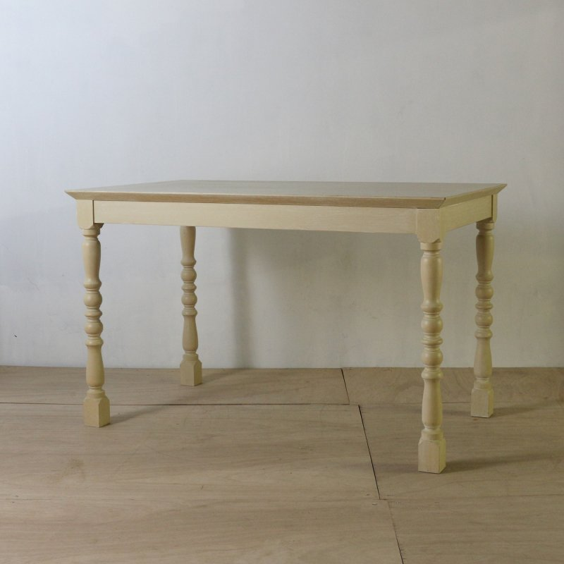 TURNED LEG DINING TABLE <br>ヴィンテージ ダイニングテーブル / 足カット