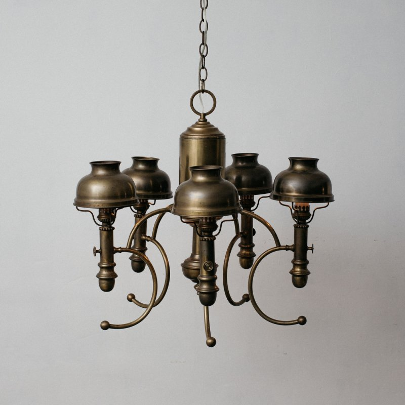 <img class='new_mark_img1' src='https://img.shop-pro.jp/img/new/icons20.gif' style='border:none;display:inline;margin:0px;padding:0px;width:auto;' />VINTAGE 6 BULBS CHANDELIER  <br> ヴィンテージ 5灯シャンデリア