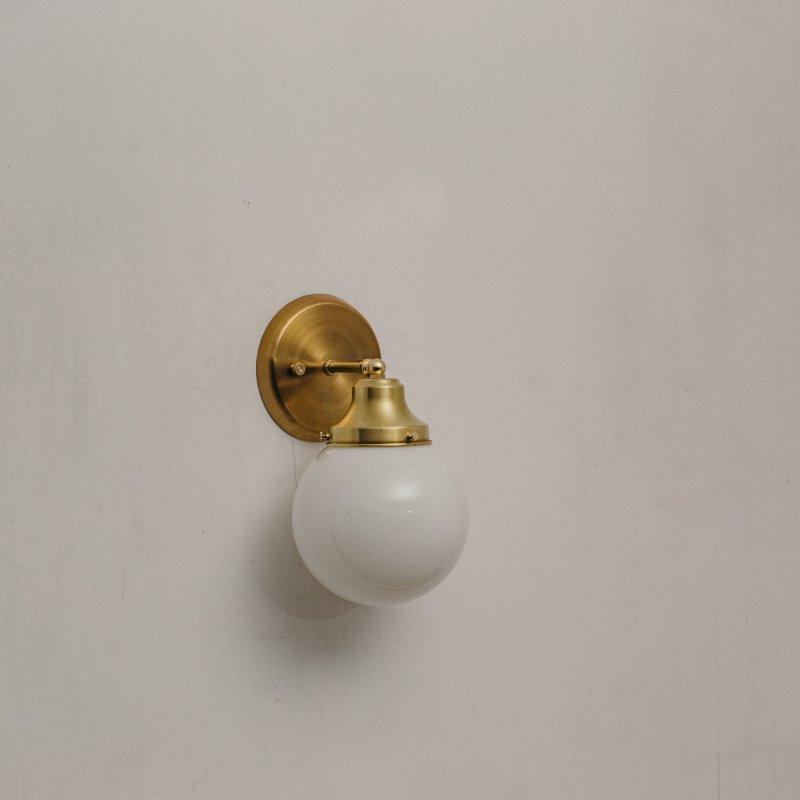 OBL047<br>GLASS SHADE BRACKET LAMP真鍮ガラスシェードブラケットランプ 防滴仕様